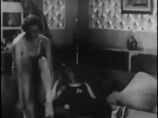 فاحشه آسیا در جوراب ساق بلند می تلگرام سکس کانال شود و مقعد می شود