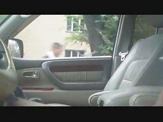 خروس چربی در بازیگران پورنو در لینک گروه چت سکسی تلگرام الاغ لعنتی می شود و سوراخ هایی را در دست دارد