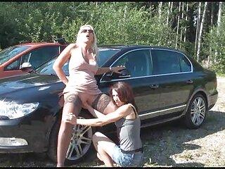 پسر در حال جاسوسی از مادر دانلود گروه سکسی است و انگشت زدن دیک را نشان می دهد