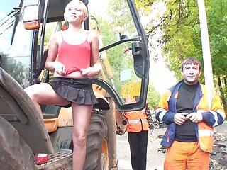 عزیز روس صادر شده از سینه های بزرگ که اخیراً به دنیا آمده گروه سکسی موبوگرام است