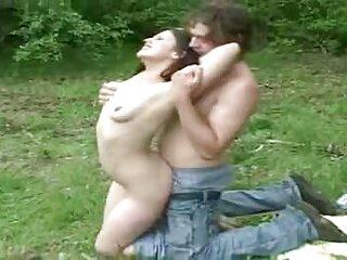 خروس بزرگ بیدمشک دختر چشم کانال فیلمهای سکسی در تلگرام آبی را نشان می دهد