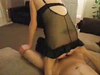 MILF Busty خودارضایی دختران دانلود گروه تلگرام سکسی را آموزش می دهد