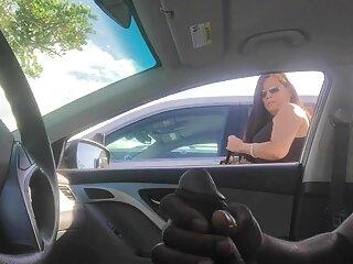 دو chumas زیبا با استفاده از یک ماشین جنسی گروه های چت سکسی تلگرام عشق می ورزند