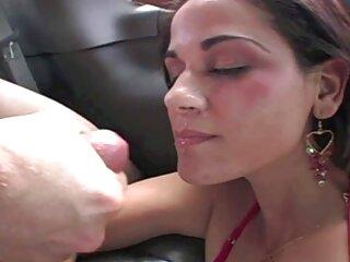 بلوند از آن مرد با یک عضله تشکر می کند گروهفیلمسکسی و رابطه جنسی در قفسه سینه دارد