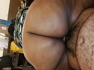 بچه های سیاه چاق در لینک گروه های سکسی در تلگرام جمع آوری پورنو بدن برهنه خود را به رخ می کشند