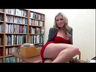 ناتاشا باحال روی الاغ كانال سكسي تلگرامي رابطه جنسی برقرار می کند و یک سوراخ بزرگ در الاغ نشان می دهد