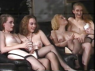 دو گروه سکسی دختر دوست دارند یک خروس سخت را لعنتی کنند