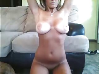 آلیس با گربه مودار خود نوازش کانال سکسی گی تلگرام می کند