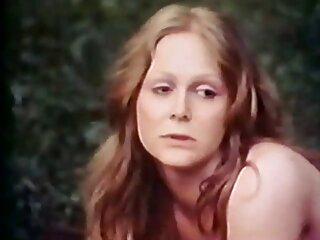 آبونی با عضویت در گروه سکسی یک خروس بزرگ سیاه یک زن سفید را روی الاغ گرفتار می کند