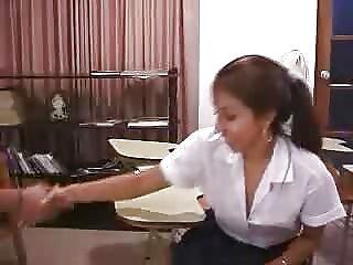 یک مرد یک سرپرست بالغ را از یک راه لینک کانال سکس چت کاشت می کند