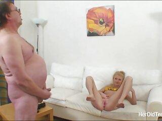رابطه جنسی گروه سکسی سروش عالی خانگی یک زوج روسی در رختخواب